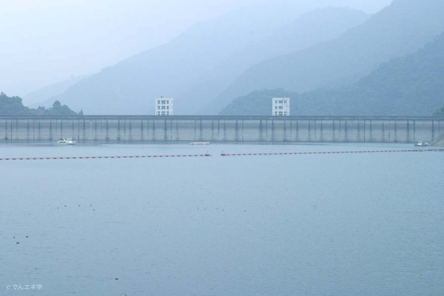 ダム湖(奥多摩湖・小河内貯水池)